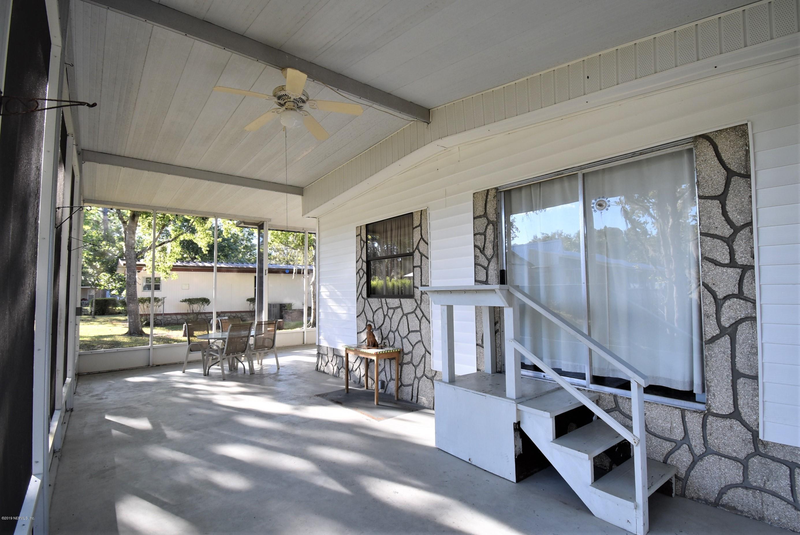 601 CARLIN, SATSUMA, FLORIDA 32189, 5 Bedrooms Bedrooms, ,3 BathroomsBathrooms,Residential,For sale,CARLIN,1020943