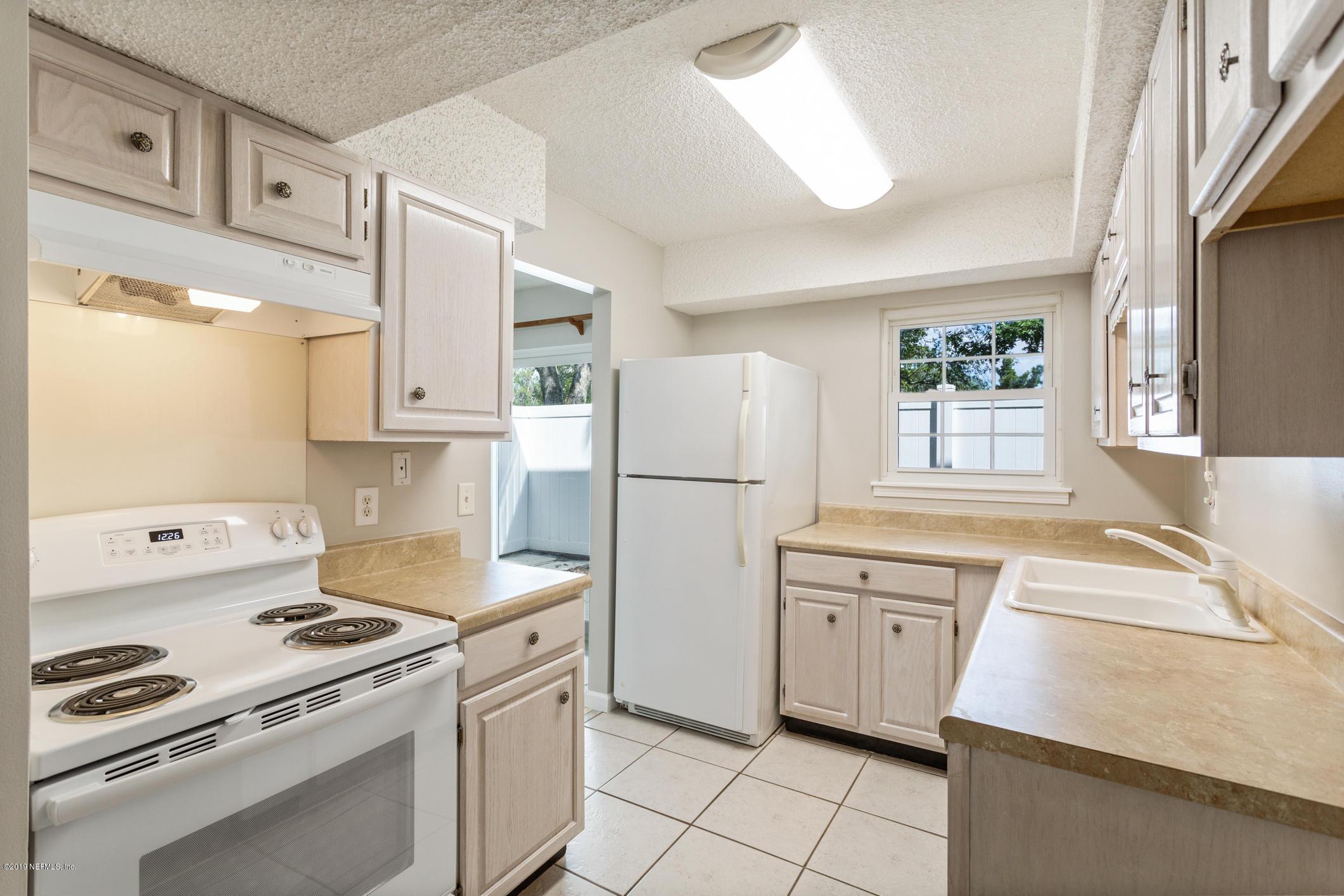 303 KETTERING, ORANGE PARK, FLORIDA 32073, 2 Bedrooms Bedrooms, ,1 BathroomBathrooms,Condo,For sale,KETTERING,1019468