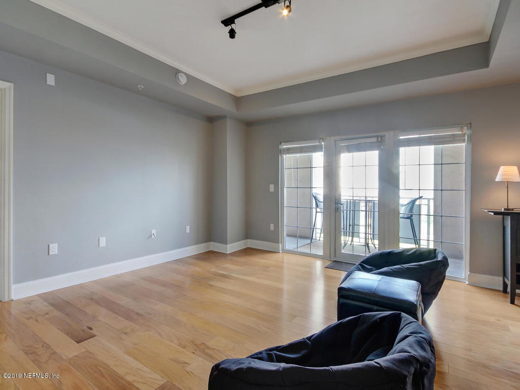 400 BAY- JACKSONVILLE- FLORIDA 32202, 1 Bedroom Bedrooms, ,1 BathroomBathrooms,Condo,For sale,BAY,1003967