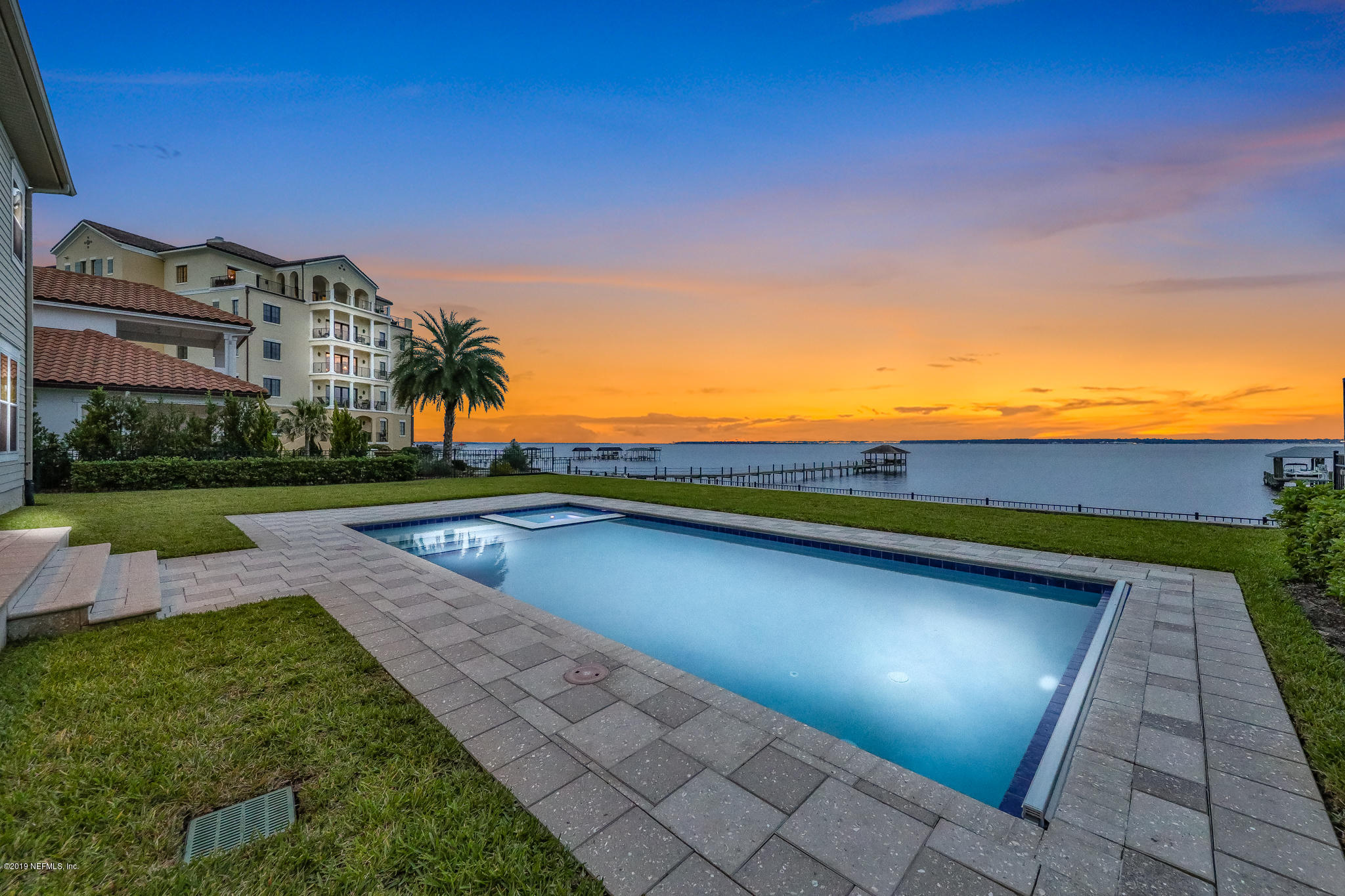 1299 SUNSET VIEW, JACKSONVILLE, FLORIDA 32207, 4 Bedrooms Bedrooms, ,4 BathroomsBathrooms,Residential - single family,For sale,SUNSET VIEW,1021461