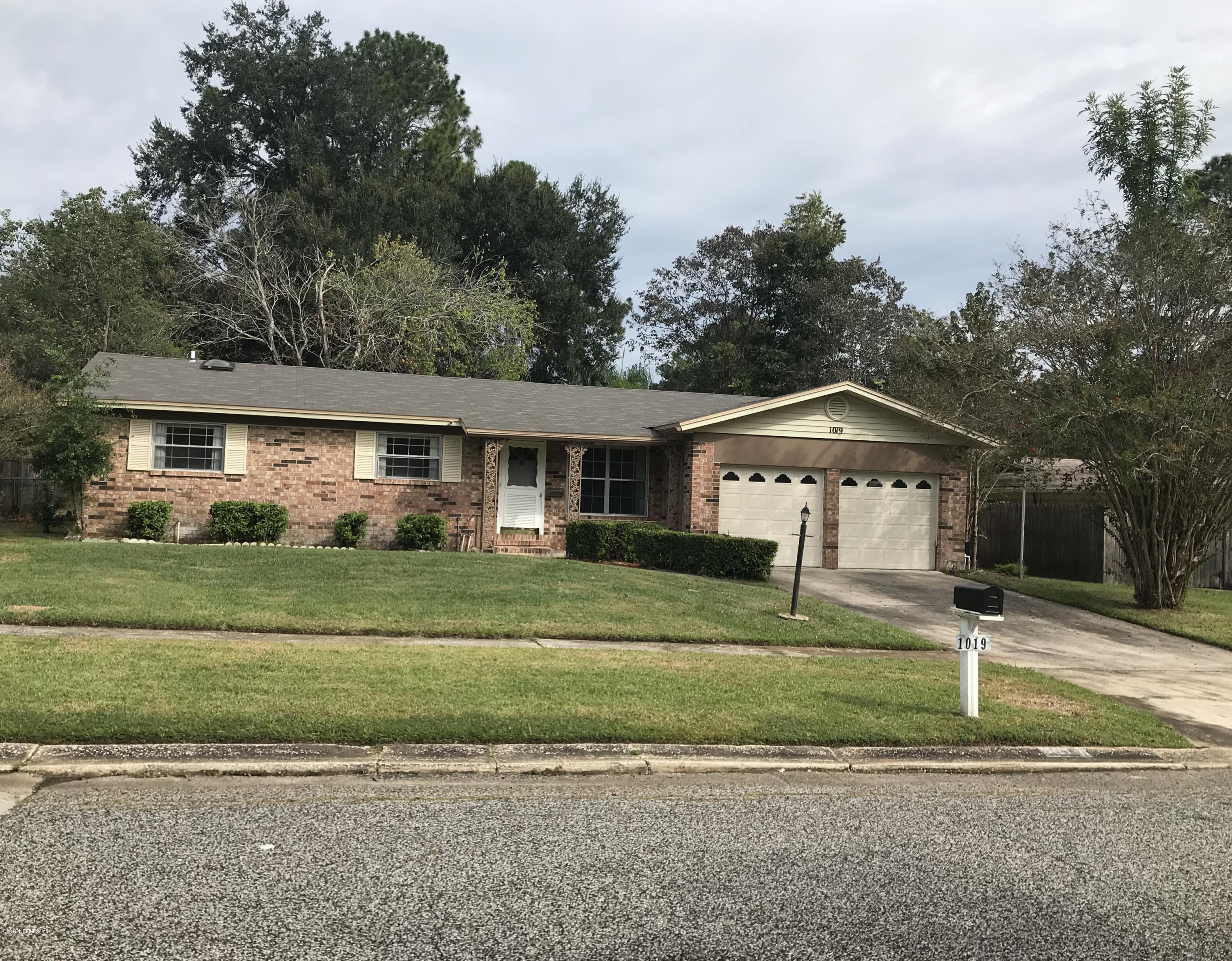 1019 GROVE PARK, ORANGE PARK, FLORIDA 32073, 3 Bedrooms Bedrooms, ,2 BathroomsBathrooms,Residential - single family,For sale,GROVE PARK,1020762