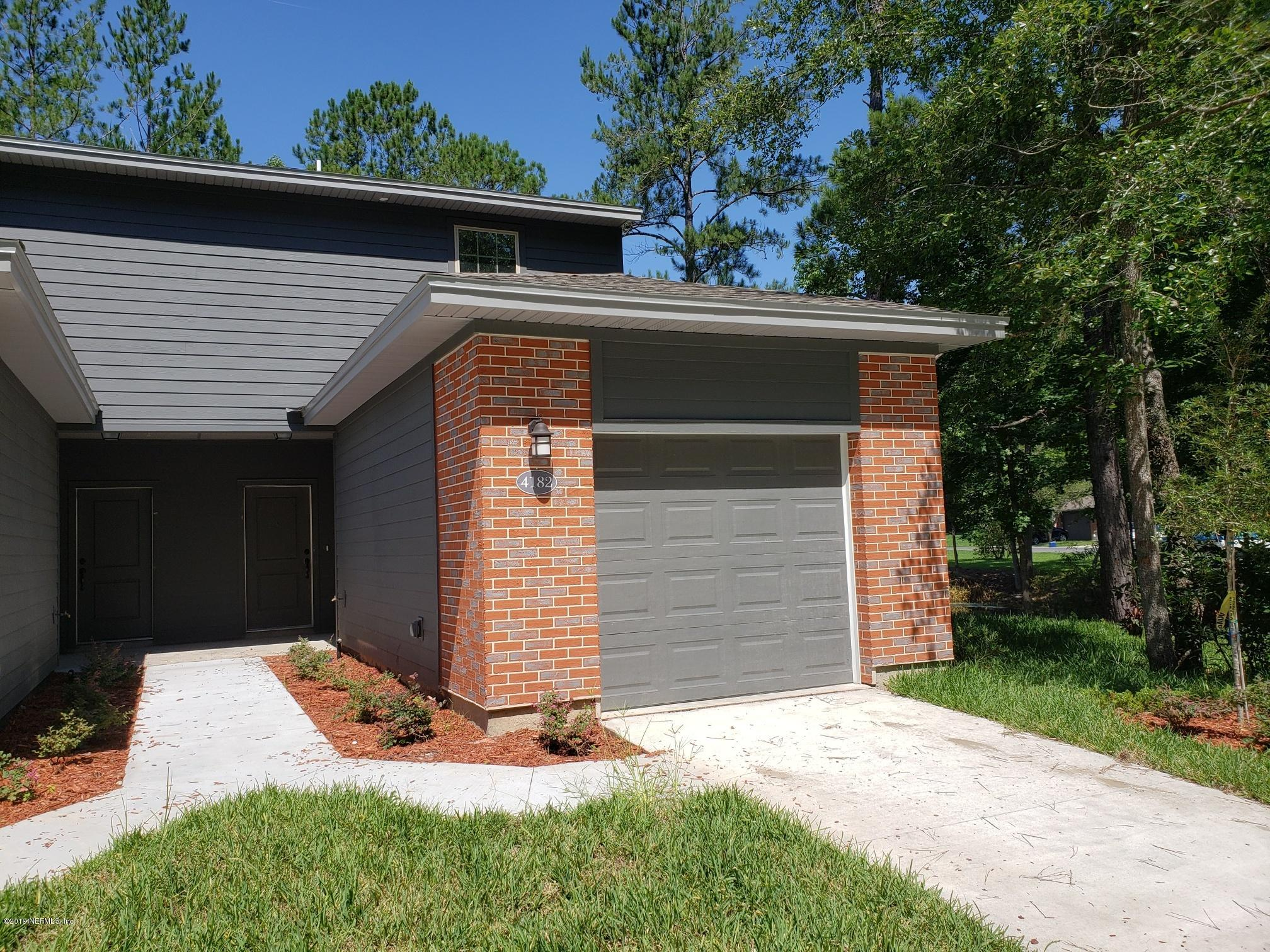 4182 QUIET CREEK- MIDDLEBURG- FLORIDA 32068, 3 Bedrooms Bedrooms, ,2 BathroomsBathrooms,Condo,For sale,QUIET CREEK,1021284