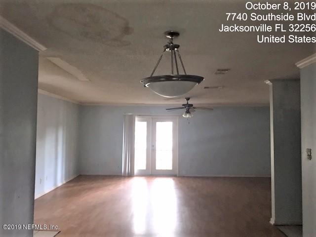 7740 SOUTHSIDE, JACKSONVILLE, FLORIDA 32256, 3 Bedrooms Bedrooms, ,2 BathroomsBathrooms,Condo,For sale,SOUTHSIDE,1021346