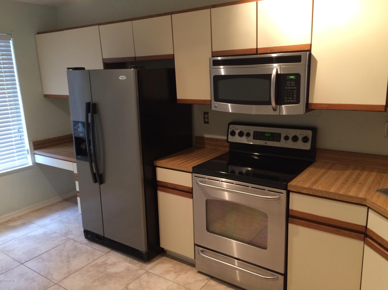 7701 BAYMEADOWS- JACKSONVILLE- FLORIDA 32256, 2 Bedrooms Bedrooms, ,2 BathroomsBathrooms,Condo,For sale,BAYMEADOWS,1022527