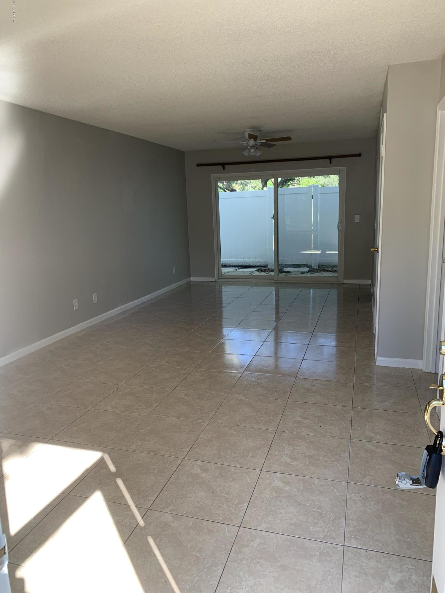 303 KETTERING, ORANGE PARK, FLORIDA 32073, 2 Bedrooms Bedrooms, ,1 BathroomBathrooms,Rental,For sale,KETTERING,1026168