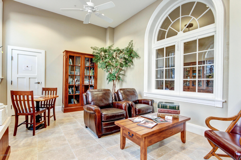 2525 COLLEGE, JACKSONVILLE, FLORIDA 32204, 2 Bedrooms Bedrooms, ,2 BathroomsBathrooms,Condo,For sale,COLLEGE,1018703