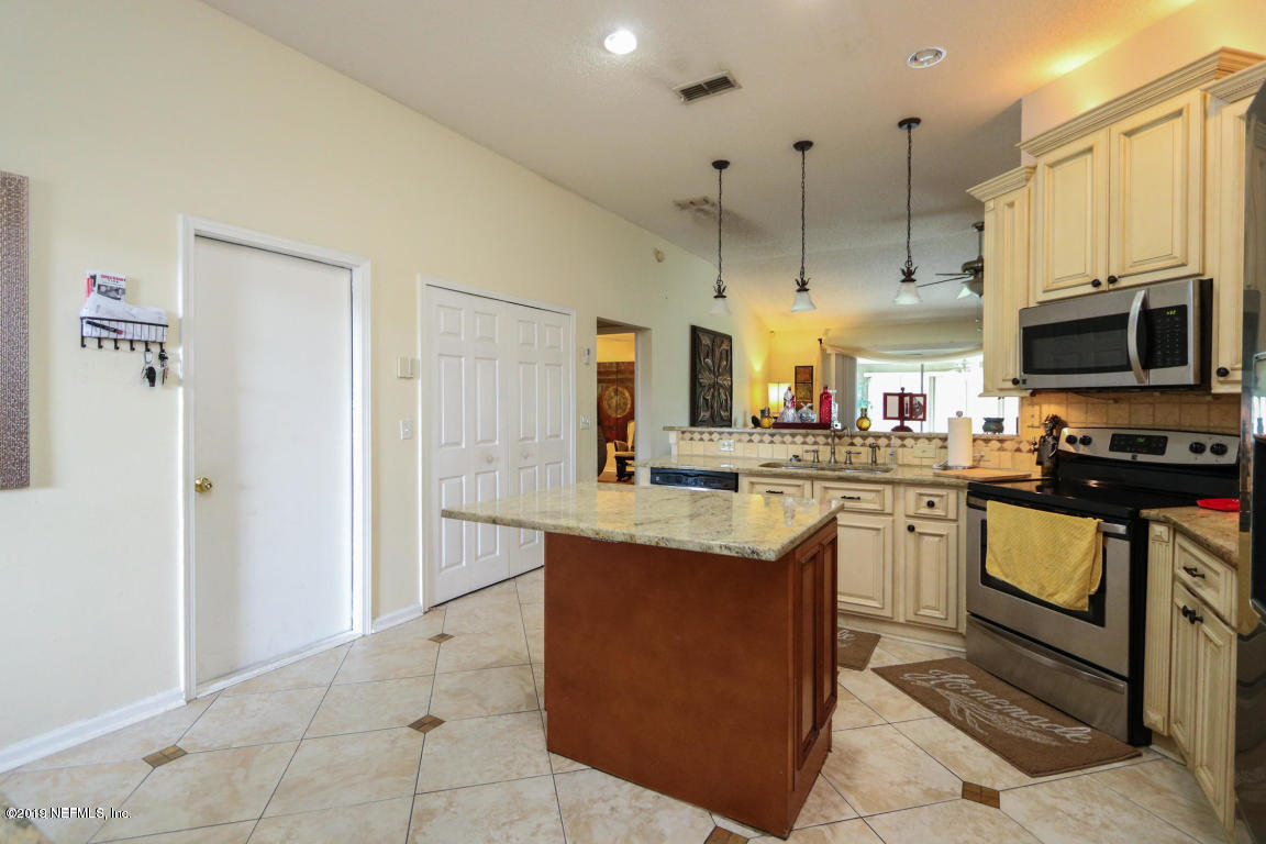 351 SANDY BOTTOM, ORANGE PARK, FLORIDA 32073, 3 Bedrooms Bedrooms, ,2 BathroomsBathrooms,Rental,For sale,SANDY BOTTOM,1030844
