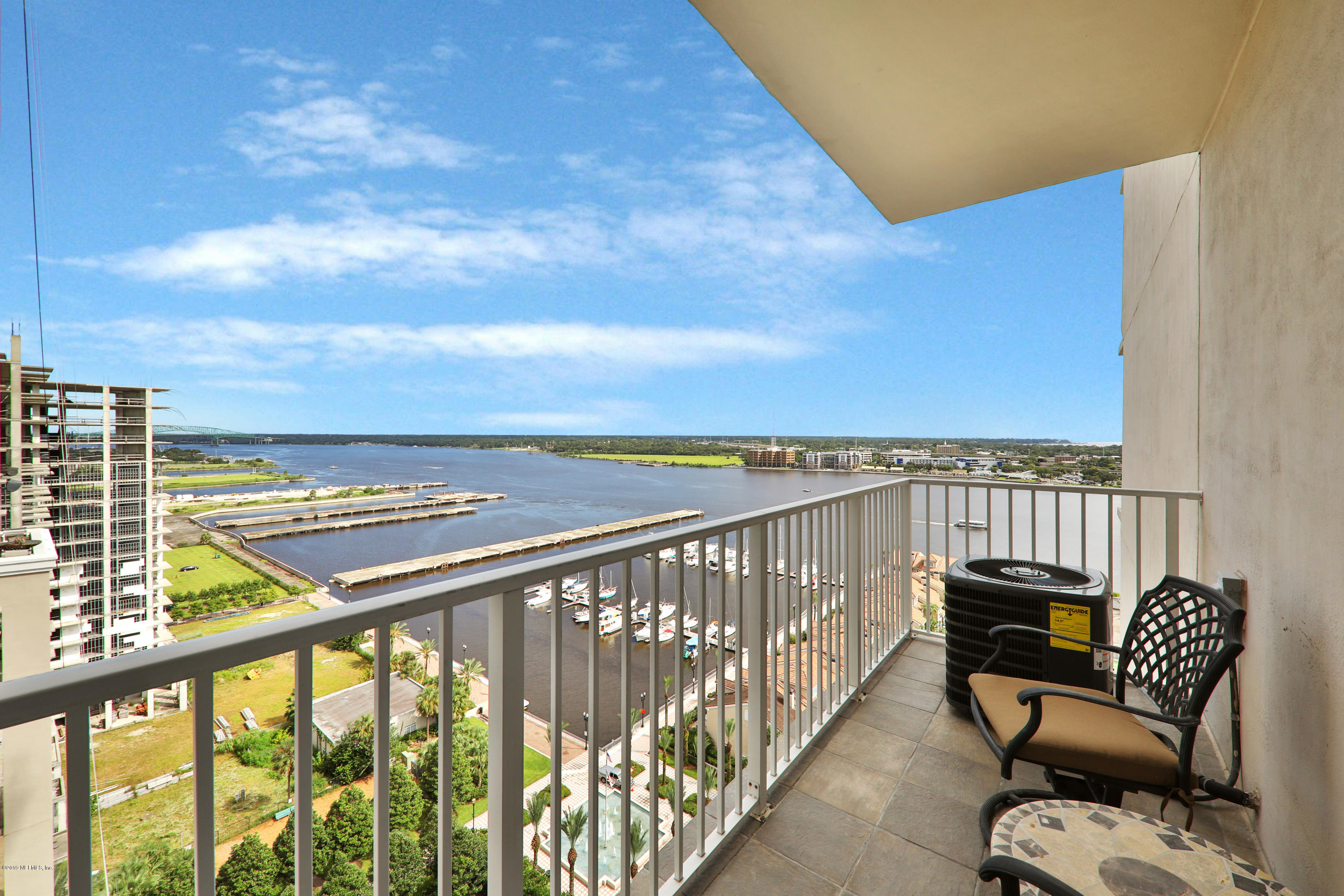 400 BAY, JACKSONVILLE, FLORIDA 32202, 1 Bedroom Bedrooms, ,1 BathroomBathrooms,Rental,For sale,BAY,1032816