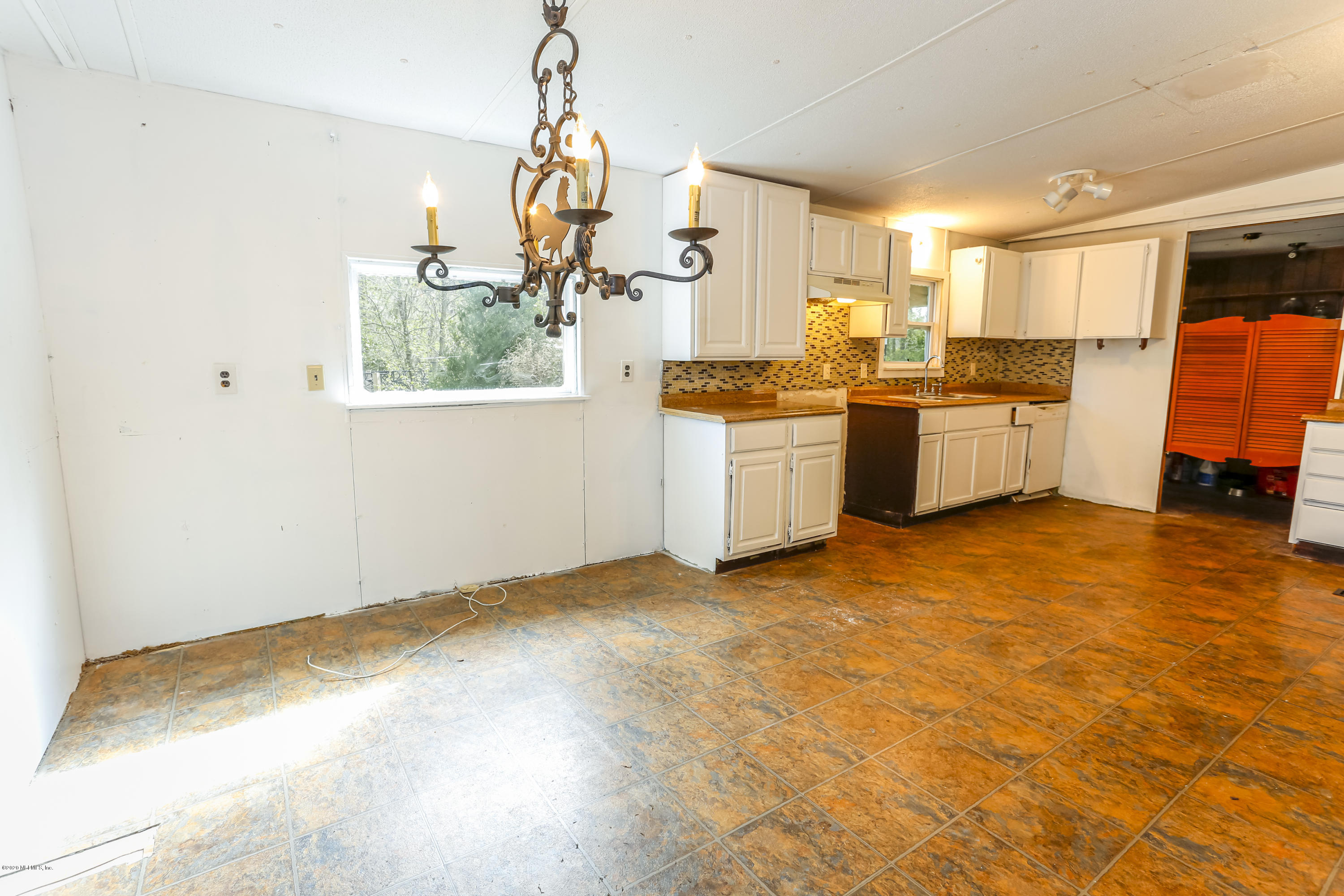 1013 SWEETWATER, MIDDLEBURG, FLORIDA 32068, 4 Bedrooms Bedrooms, ,2 BathroomsBathrooms,Residential,For sale,SWEETWATER,1033877