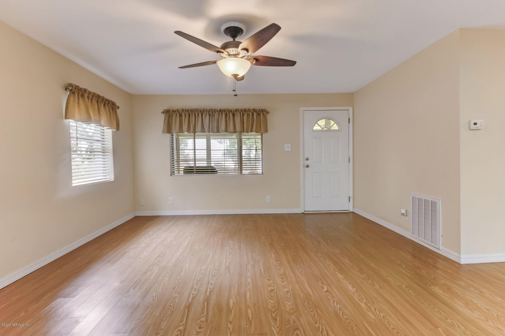 344 CRESCENT LAKE SHORE, CRESCENT CITY, FLORIDA 32112, 2 Bedrooms Bedrooms, ,2 BathroomsBathrooms,Residential,For sale,CRESCENT LAKE SHORE,1043417