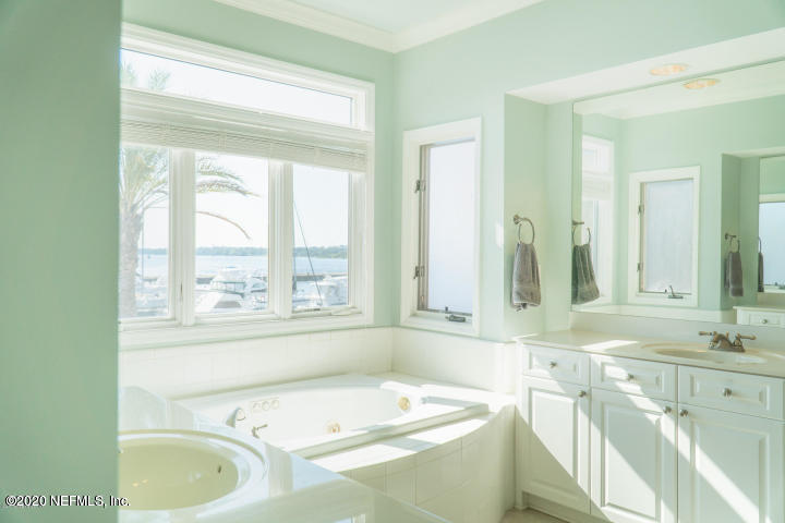 424 BAY, JACKSONVILLE, FLORIDA 32202, 2 Bedrooms Bedrooms, ,2 BathroomsBathrooms,Rental,For Rent,BAY,1051696