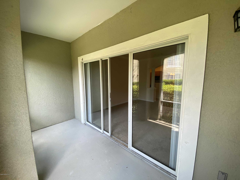 8290 GATE PKWY JACKSONVILLE - 23