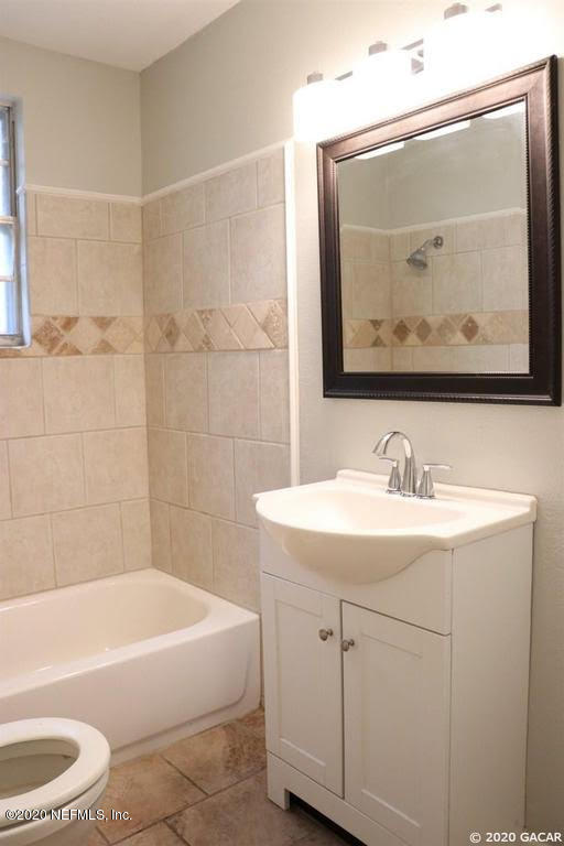 197 W TULIP, LAKE CITY, FLORIDA 32025, 3 Bedrooms Bedrooms, ,1 BathroomBathrooms,Residential,For sale,W TULIP,1054863