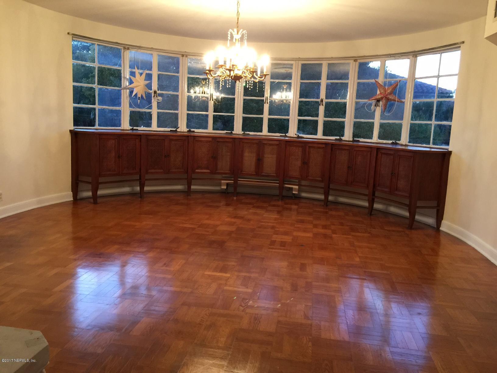 1815 LARGO, JACKSONVILLE, FLORIDA 32207, 8 Bedrooms Bedrooms, ,5 BathroomsBathrooms,Investment / MultiFamily,For sale,LARGO,1056108
