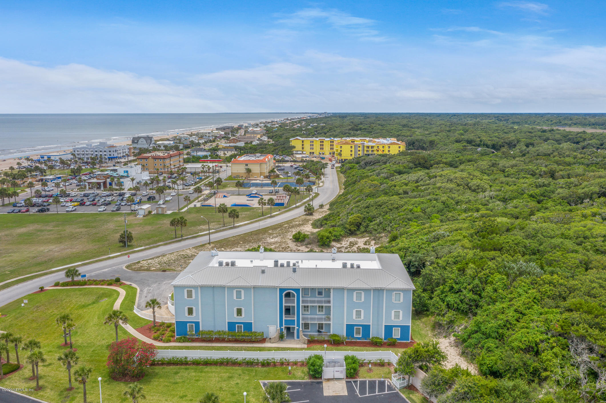 2705 DOLPHIN, FERNANDINA BEACH, FLORIDA 32034, 3 Bedrooms Bedrooms, ,3 BathroomsBathrooms,Residential,For sale,DOLPHIN,1058008