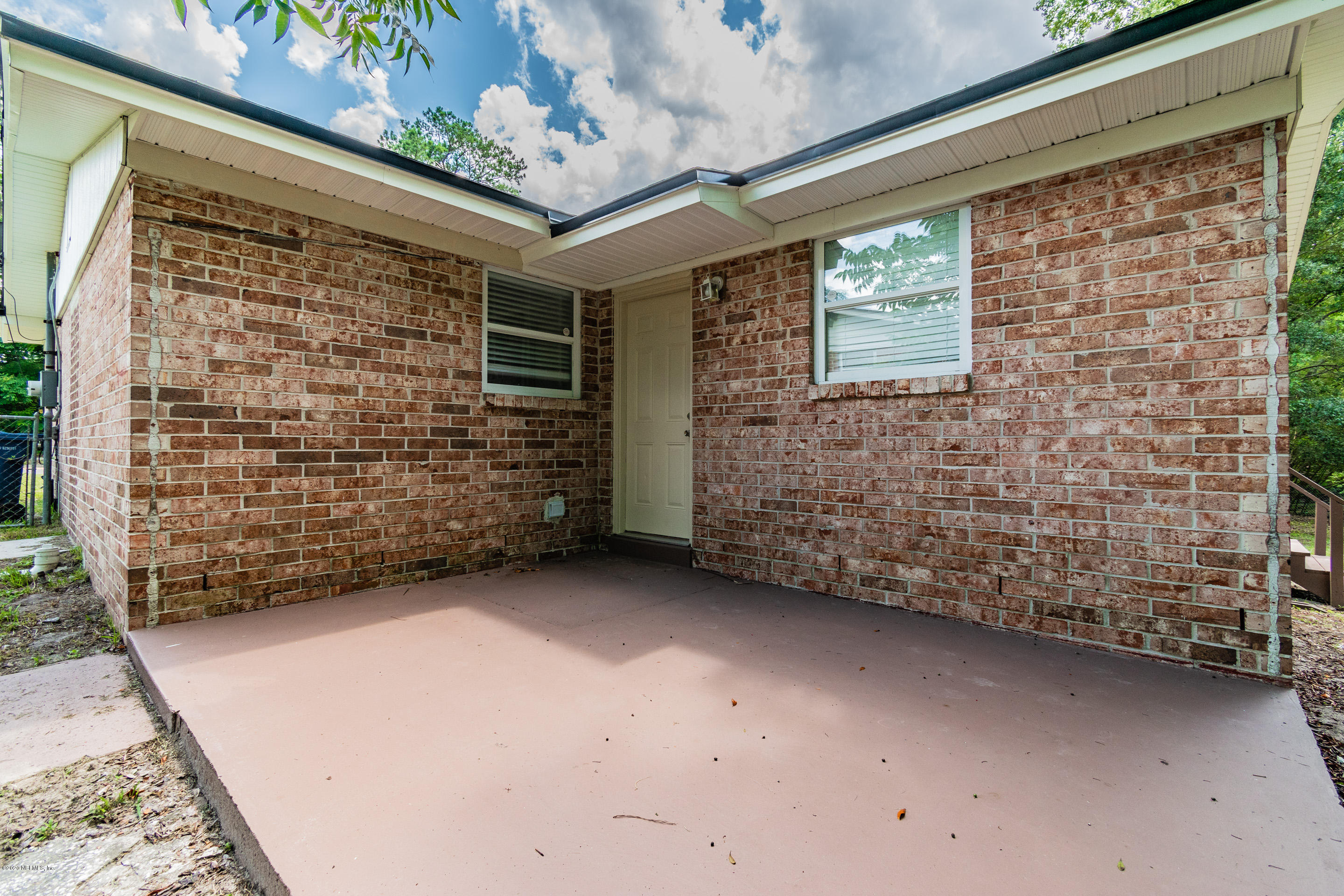 2735 LEONID, JACKSONVILLE, FLORIDA 32218, 4 Bedrooms Bedrooms, ,2 BathroomsBathrooms,Residential,For sale,LEONID,1059342