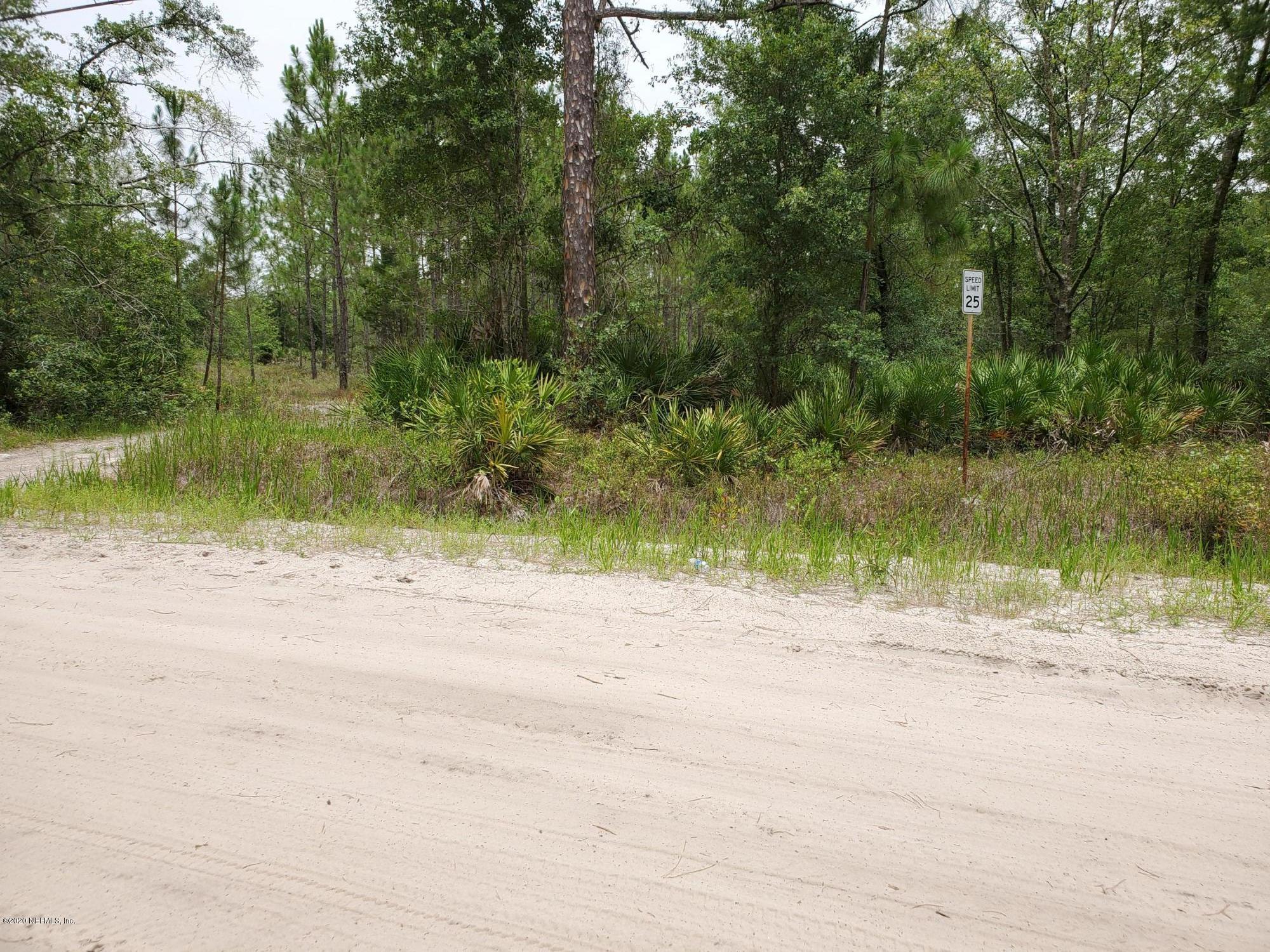 5826 LISA LYNN, KEYSTONE HEIGHTS, FLORIDA 32656, ,Vacant land,For sale,LISA LYNN,1059654