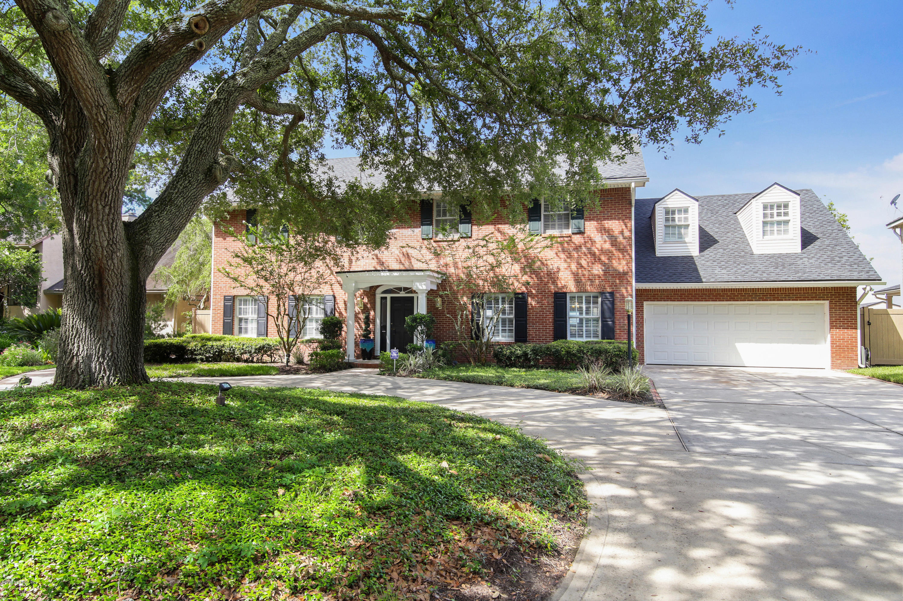 6526 CHRISTOPHER POINT, JACKSONVILLE, FLORIDA 32217, 5 Bedrooms Bedrooms, ,5 BathroomsBathrooms,Residential,For sale,CHRISTOPHER POINT,1060939