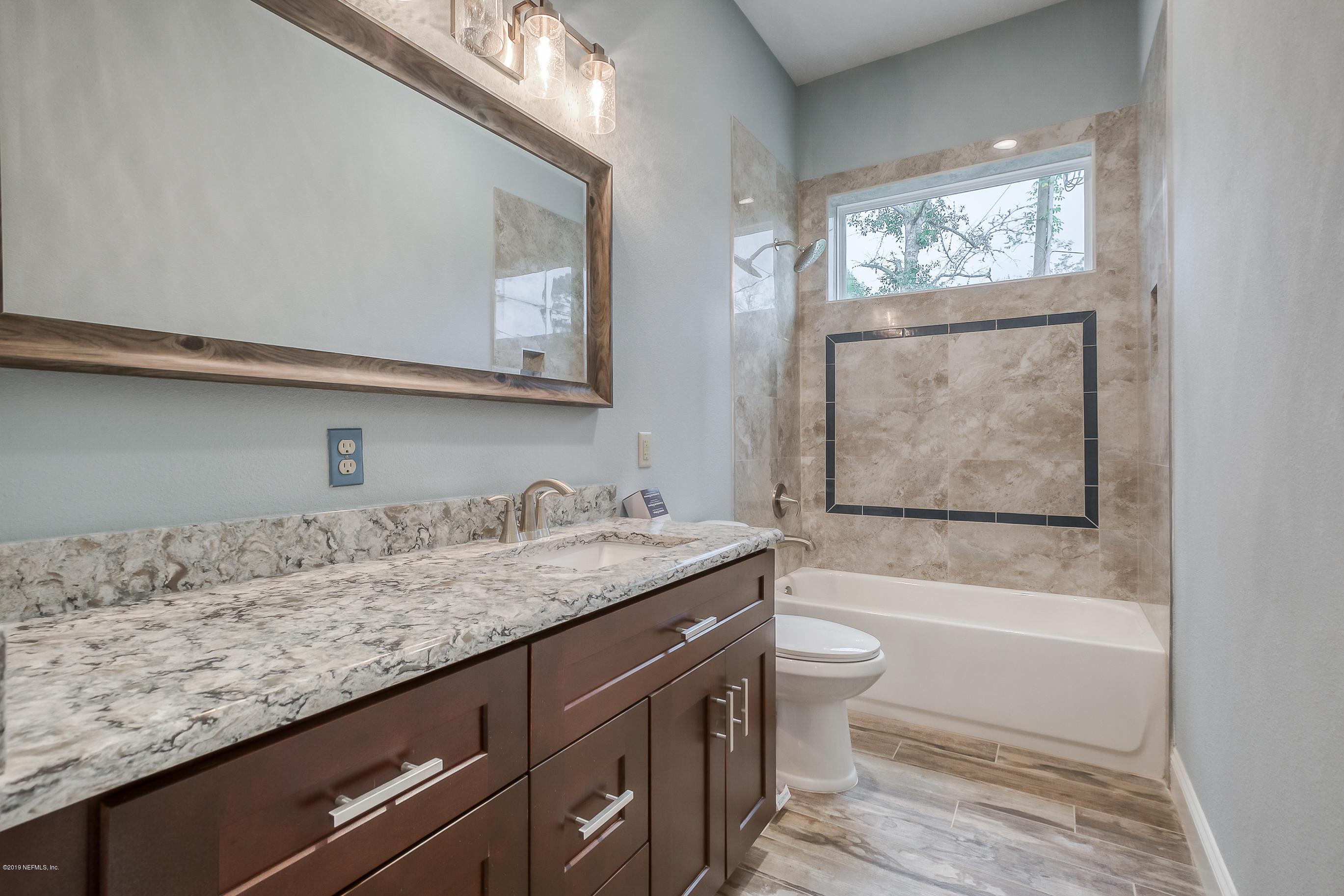 1747-1 LANDWARD, MIDDLEBURG, FLORIDA 32068, 4 Bedrooms Bedrooms, ,3 BathroomsBathrooms,Residential,For sale,LANDWARD,1079727