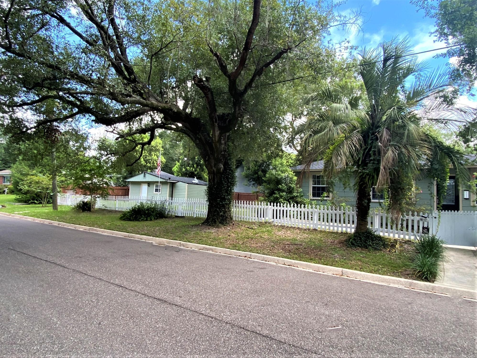 1555 PINE GROVE, JACKSONVILLE, FLORIDA 32205, 4 Bedrooms Bedrooms, ,2 BathroomsBathrooms,Investment / MultiFamily,For sale,PINE GROVE,1064152