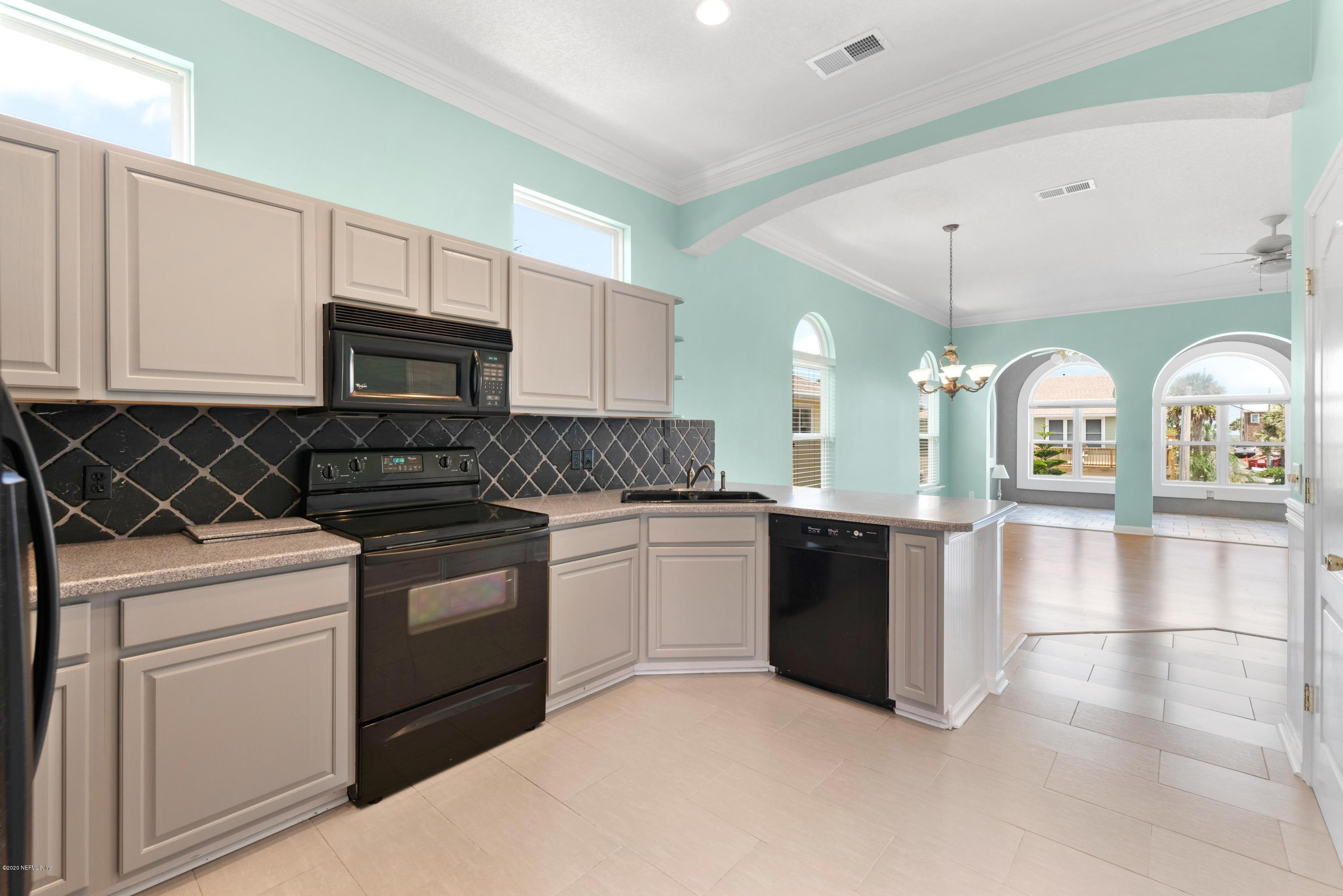 1112 1ST, NEPTUNE BEACH, FLORIDA 32266, 5 Bedrooms Bedrooms, ,3 BathroomsBathrooms,Residential,For sale,1ST,1025315