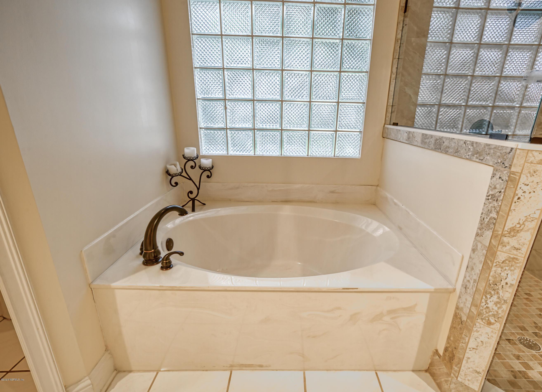 8205 BAY TREE, JACKSONVILLE, FLORIDA 32256, 5 Bedrooms Bedrooms, ,4 BathroomsBathrooms,Residential,For sale,BAY TREE,1068554