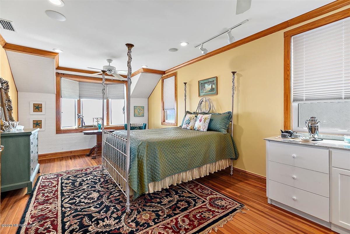 541 BEACH, ATLANTIC BEACH, FLORIDA 32233, 7 Bedrooms Bedrooms, ,7 BathroomsBathrooms,Residential,For sale,BEACH,1076280