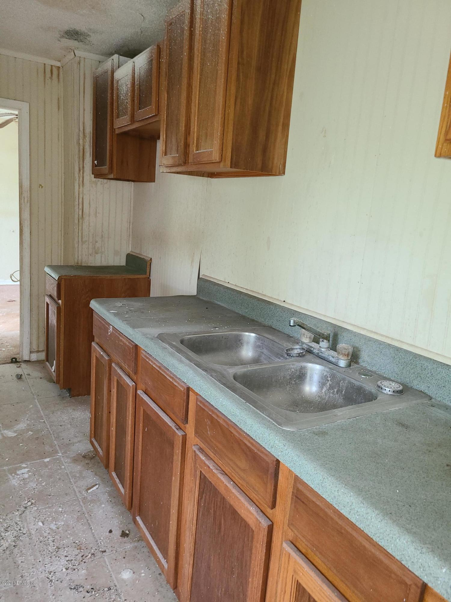 8817 6TH, JACKSONVILLE, FLORIDA 32208, 3 Bedrooms Bedrooms, ,2 BathroomsBathrooms,Residential,For sale,6TH,1077908