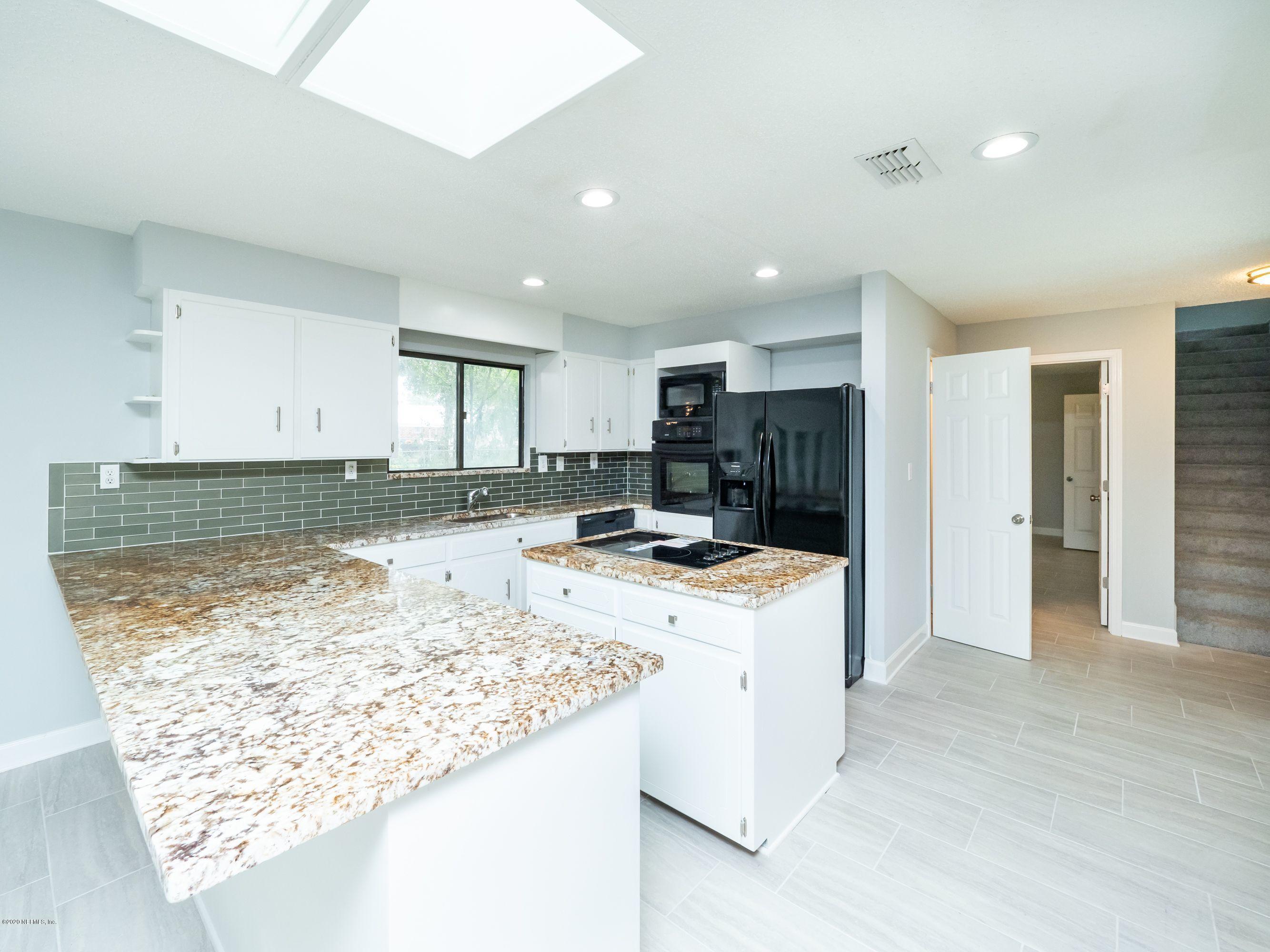 1671 OLD MIDDLEBURG, JACKSONVILLE, FLORIDA 32210, 3 Bedrooms Bedrooms, ,3 BathroomsBathrooms,Residential,For sale,OLD MIDDLEBURG,1079673