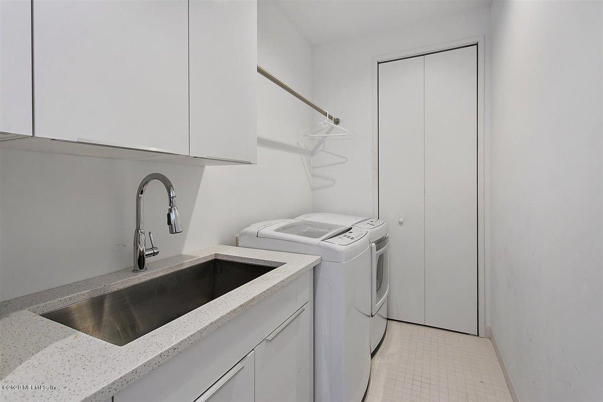 320 BEACH, ATLANTIC BEACH, FLORIDA 32233, 4 Bedrooms Bedrooms, ,4 BathroomsBathrooms,Residential,For sale,BEACH,1079795