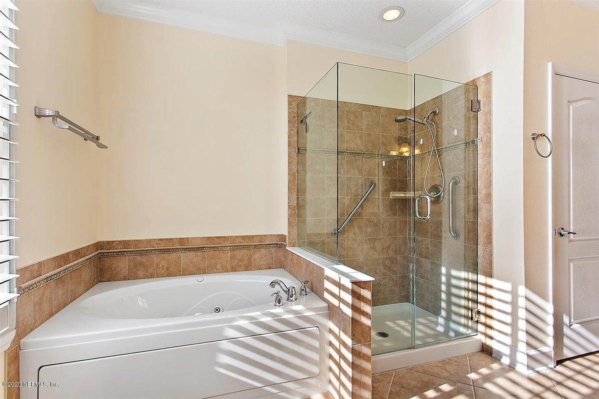 4480 DEERWOOD LAKE, JACKSONVILLE, FLORIDA 32216, 3 Bedrooms Bedrooms, ,2 BathroomsBathrooms,Residential,For sale,DEERWOOD LAKE,1080064