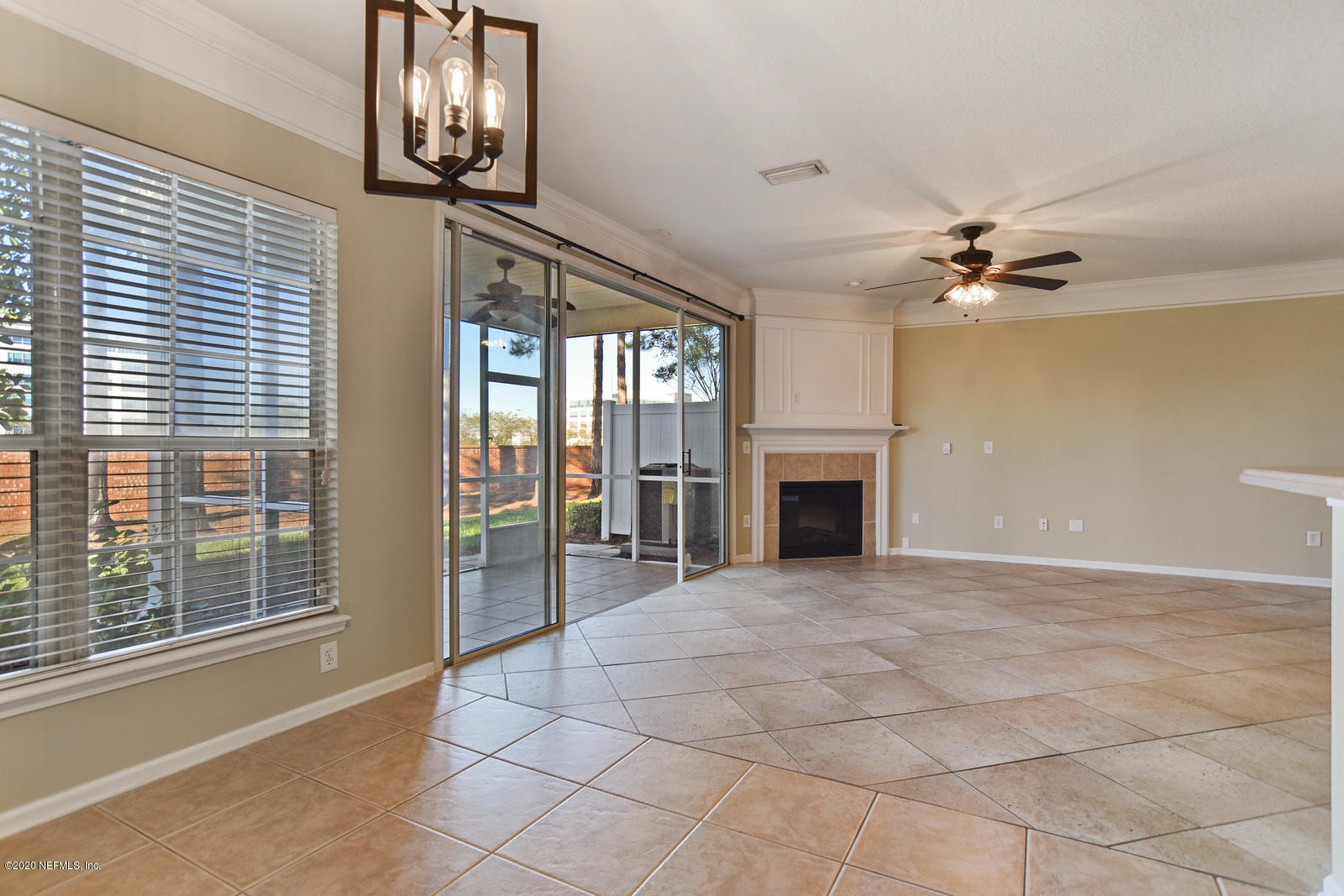 11245 CASTLEMAIN, JACKSONVILLE, FLORIDA 32256, 3 Bedrooms Bedrooms, ,2 BathroomsBathrooms,Residential,For sale,CASTLEMAIN,1081324