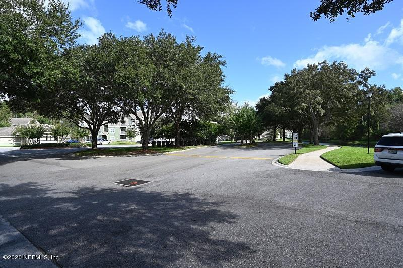 7701 TIMBERLIN PARK, JACKSONVILLE, FLORIDA 32256, 2 Bedrooms Bedrooms, ,2 BathroomsBathrooms,Residential,For sale,TIMBERLIN PARK,1081350