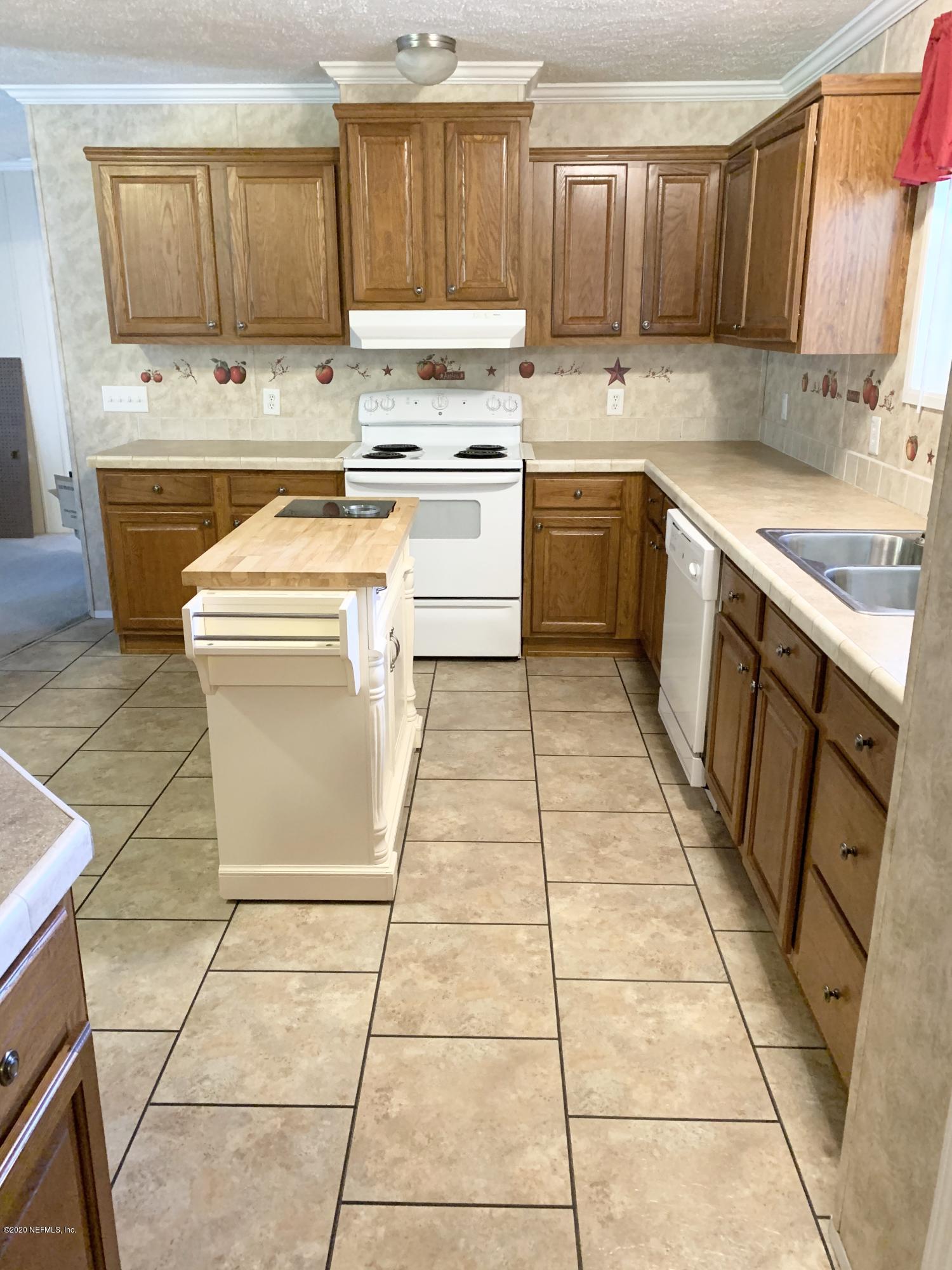 138 EL PRADO, PALATKA, FLORIDA 32177, 4 Bedrooms Bedrooms, ,2 BathroomsBathrooms,Residential,For sale,EL PRADO,1081456