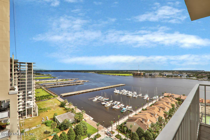 400 BAY, JACKSONVILLE, FLORIDA 32202, 1 Bedroom Bedrooms, ,1 BathroomBathrooms,Rental,For Rent,BAY,1081557