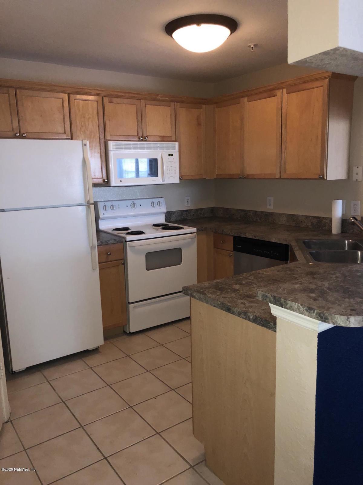 10961 BURNT MILL, JACKSONVILLE, FLORIDA 32256, 2 Bedrooms Bedrooms, ,2 BathroomsBathrooms,Residential,For sale,BURNT MILL,1082358