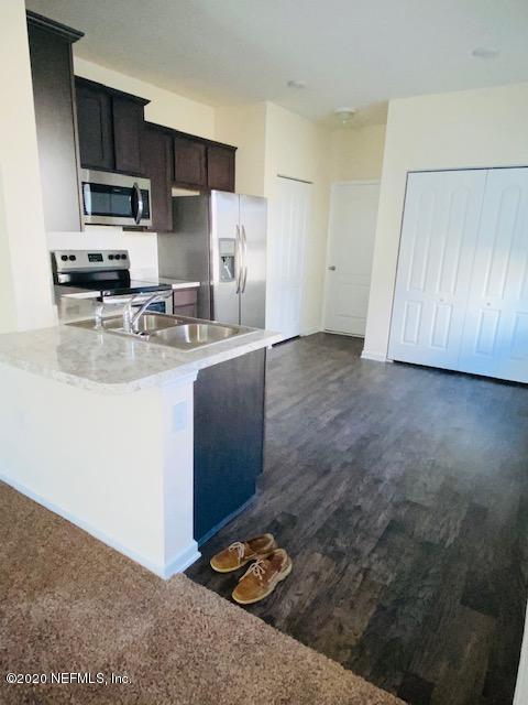 7920 ECHO SPRINGS, JACKSONVILLE, FLORIDA 32256, 3 Bedrooms Bedrooms, ,2 BathroomsBathrooms,Rental,For Rent,ECHO SPRINGS,1082613