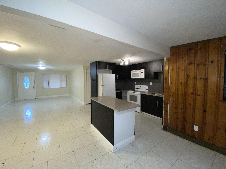 9582 HIGHLAND, JACKSONVILLE, FLORIDA 32208, 3 Bedrooms Bedrooms, ,2 BathroomsBathrooms,Rental,For Rent,HIGHLAND,1082712