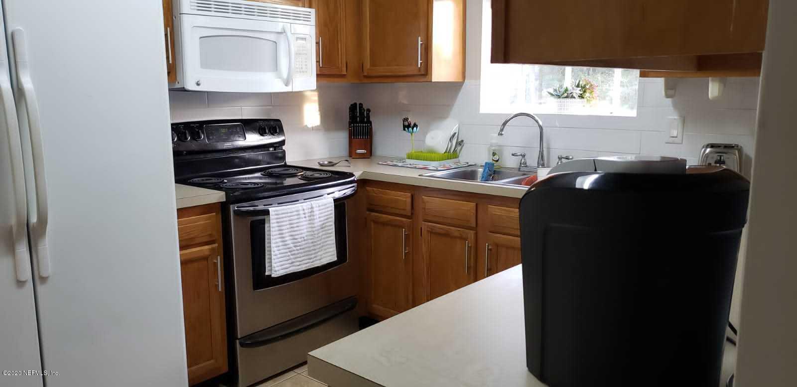 7871 COLLINS RIDGE, JACKSONVILLE, FLORIDA 32244, 3 Bedrooms Bedrooms, ,2 BathroomsBathrooms,Rental,For Rent,COLLINS RIDGE,1082848