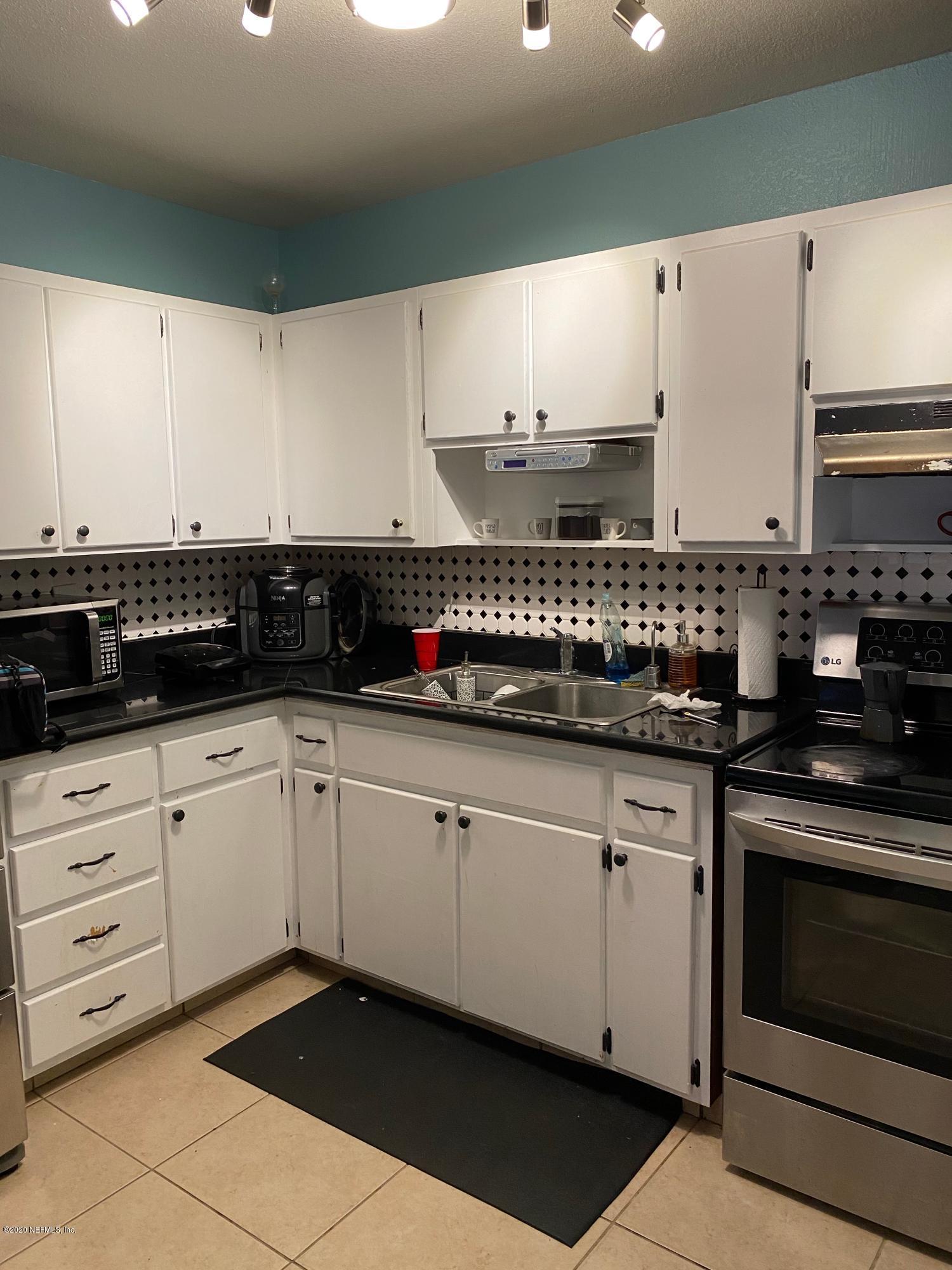 9211 FITZWALTER, JACKSONVILLE, FLORIDA 32208, 3 Bedrooms Bedrooms, ,2 BathroomsBathrooms,Residential,For sale,FITZWALTER,1083160
