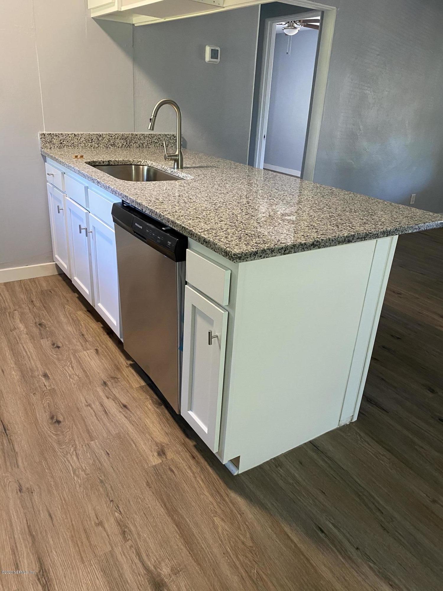 9827 ELAINE, JACKSONVILLE, FLORIDA 32246, 2 Bedrooms Bedrooms, ,1 BathroomBathrooms,Rental,For Rent,ELAINE,1082250