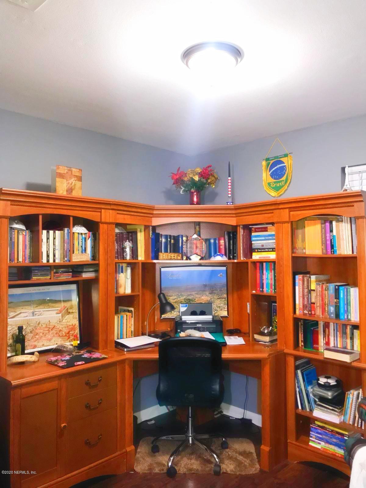2906 RIBAULT SCENIC, JACKSONVILLE, FLORIDA 32208, 3 Bedrooms Bedrooms, ,2 BathroomsBathrooms,Residential,For sale,RIBAULT SCENIC,1084373
