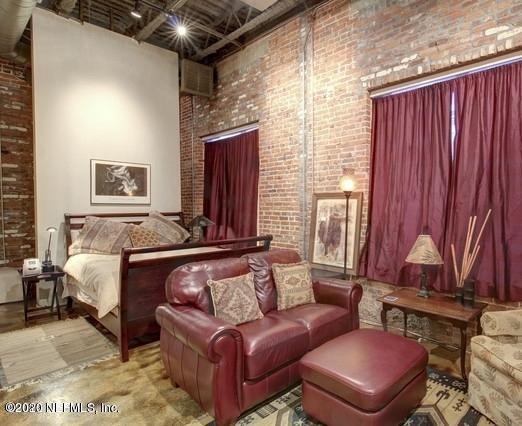 1050 HENDRICKS, JACKSONVILLE, FLORIDA 32207, 1 Bedroom Bedrooms, ,1 BathroomBathrooms,Investment / MultiFamily,For sale,HENDRICKS,1086907