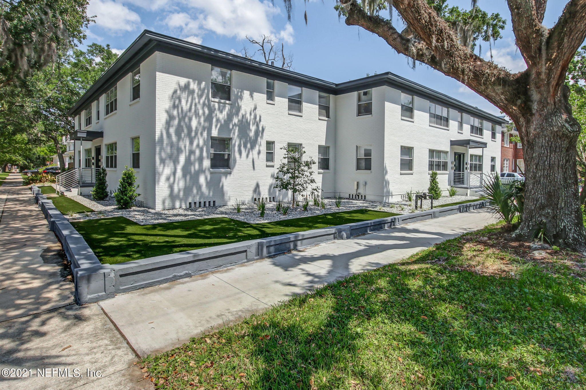 2160 RIVERSIDE, JACKSONVILLE, FLORIDA 32204, 16 Bedrooms Bedrooms, ,8 BathroomsBathrooms,Investment / MultiFamily,For sale,RIVERSIDE,1092091