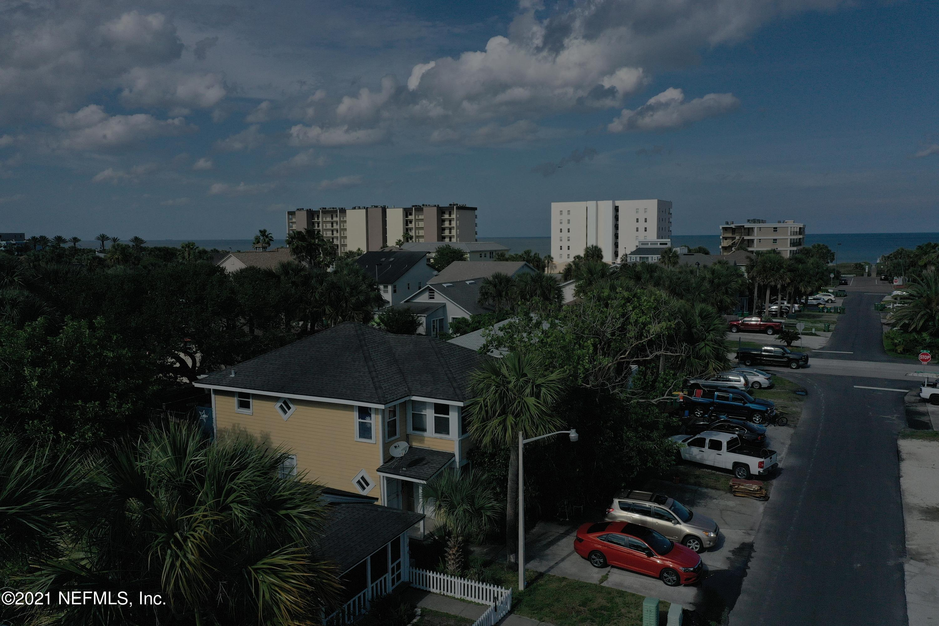 219 8TH, JACKSONVILLE BEACH, FLORIDA 32250, 4 Bedrooms Bedrooms, ,2 BathroomsBathrooms,Investment / MultiFamily,For sale,8TH,1107374