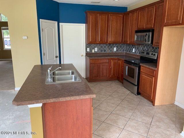 3737 BRIAR, ORANGE PARK, FLORIDA 32065, 4 Bedrooms Bedrooms, ,3 BathroomsBathrooms,Residential,For sale,BRIAR,1114934