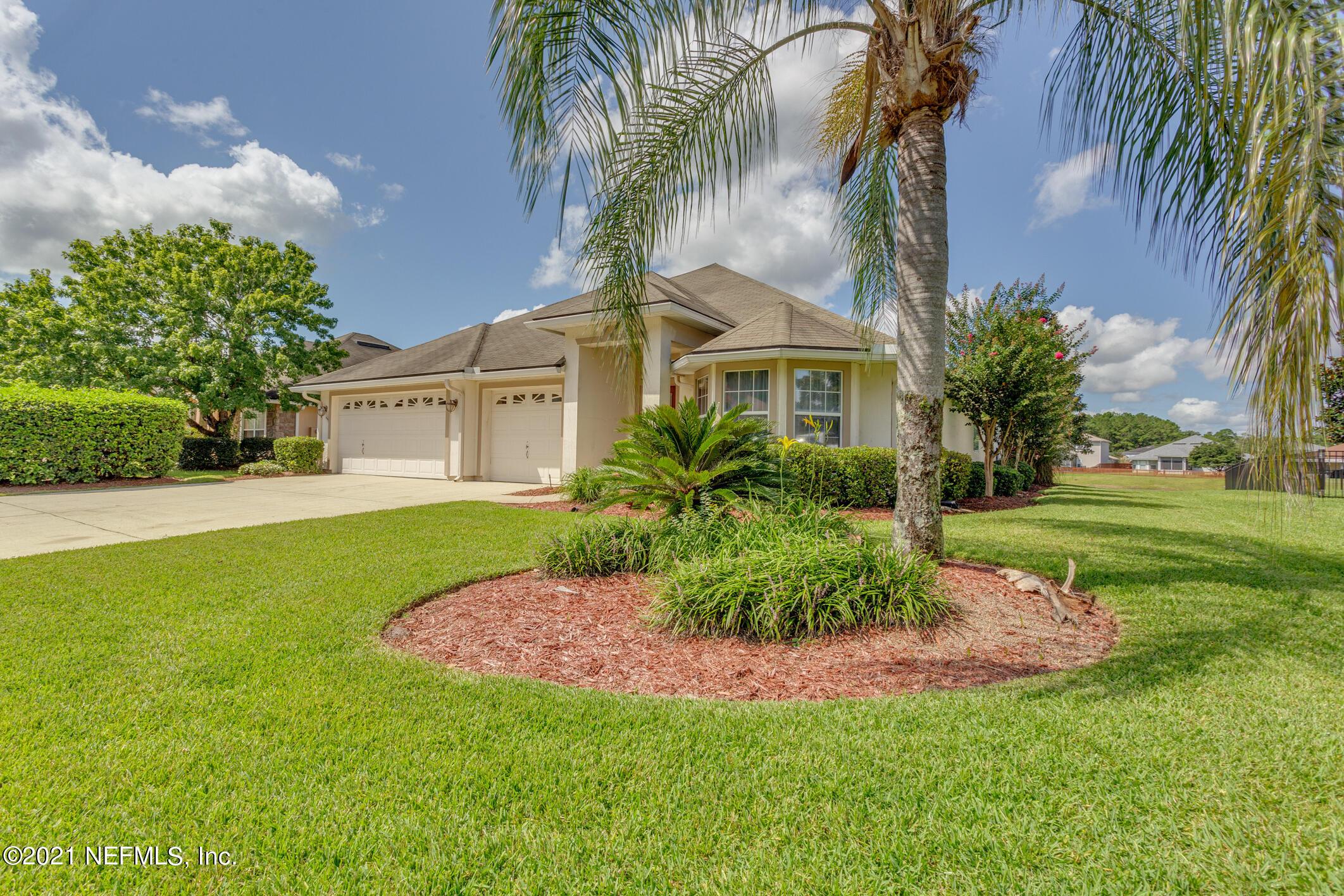 1791 HOLLOW GLEN, MIDDLEBURG, FLORIDA 32068, 4 Bedrooms Bedrooms, ,3 BathroomsBathrooms,Residential,For sale,HOLLOW GLEN,1128535