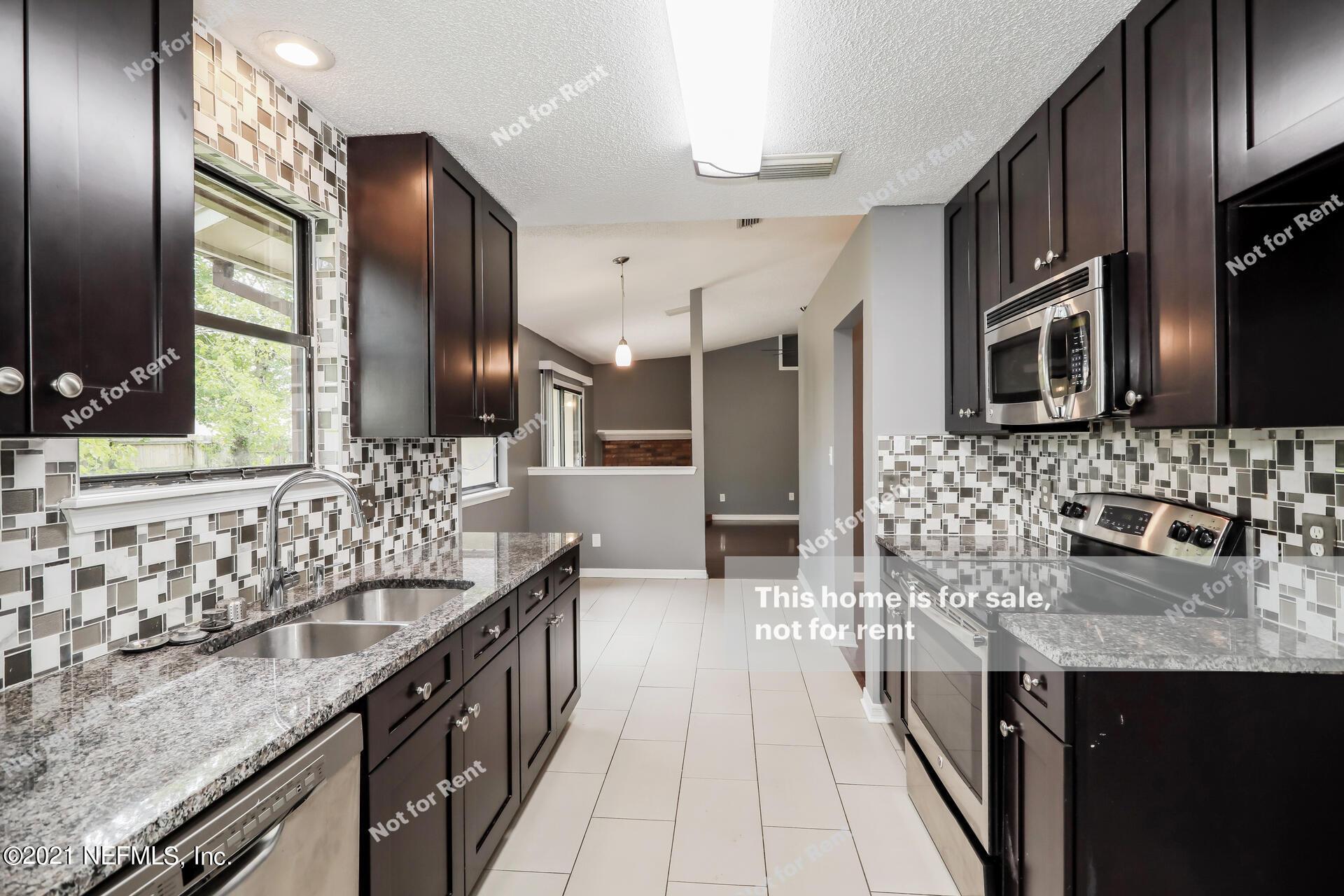 589 ROBERT LIVINGSTON, ORANGE PARK, FLORIDA 32073, 4 Bedrooms Bedrooms, ,2 BathroomsBathrooms,Residential,For sale,ROBERT LIVINGSTON,1130994