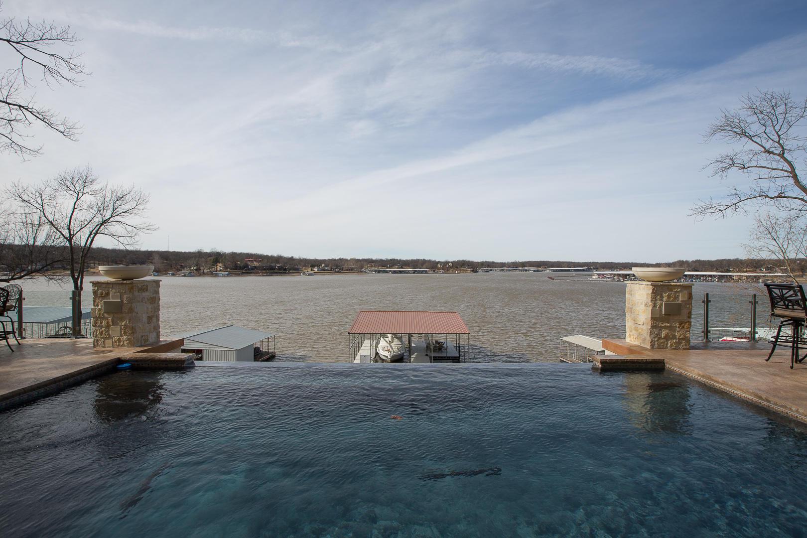 33611 Ridge Rd, Afton, OK 74331 - Infinity Saltwater Pool
