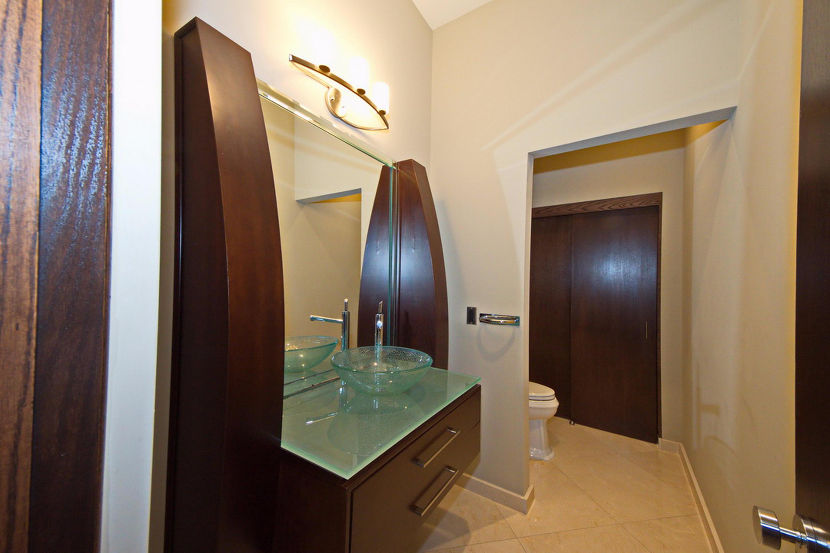18-Guest Bath